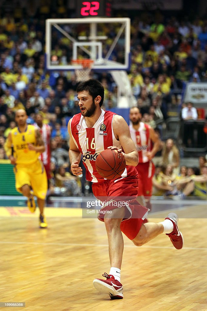 Kostas Papanikolau, #16 of Olympiacos Piraeus in action during the 2012-2013 Turkish Airlines Euroleague Top 16 Date 5 between Maccabi Electra Tel Aviv v Olympiacos Piraeus at Nokia Arena on January 24, 2013 in Tel Aviv, Israel.