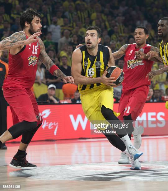 Kostas Sloukas #16 of Fenerbahce Istanbul in action during the Championship Game 2017 Turkish Airlines EuroLeague Final Four between Fenerbahce...