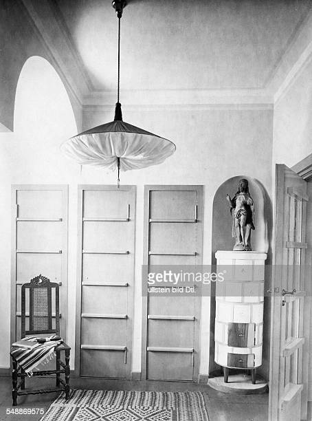 Krauskopf Bruno Painter Graphic Artist Germany *09031892 dressing room of his house in Saarow architect Harry Rosenthal 1926 Photographer Lili Baruch...