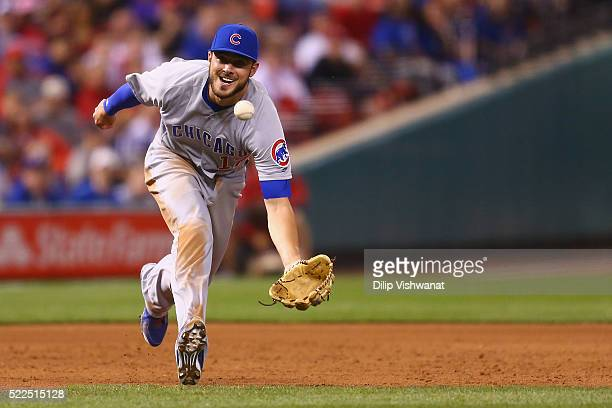 Kris Bryant of the Chicago Cubs fields a ground ball against the St Louis Cardinals in the eighth inning at Busch Stadium on April 19 2016 in St...
