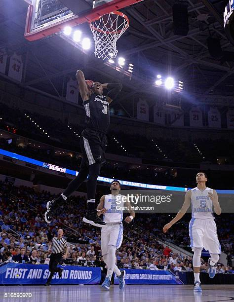 Kris Dunn of the Providence Friars dunks against the North Carolina Tar Heels in the second half during the second round of the 2016 NCAA Men's...
