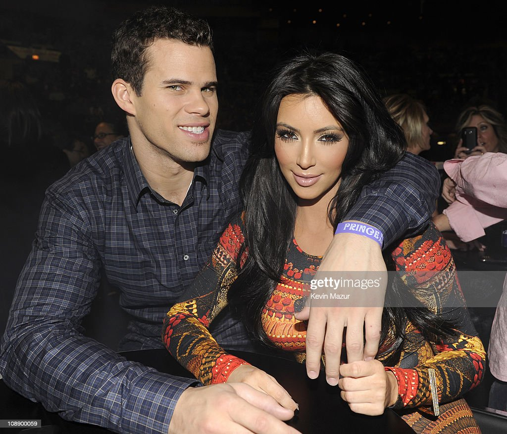 <a gi-track='captionPersonalityLinkClicked' href=/galleries/search?phrase=Kris+Humphries&family=editorial&specificpeople=209199 ng-click='$event.stopPropagation()'>Kris Humphries</a> and <a gi-track='captionPersonalityLinkClicked' href=/galleries/search?phrase=Kim+Kardashian&family=editorial&specificpeople=753387 ng-click='$event.stopPropagation()'>Kim Kardashian</a> watch Prince perform during his 'Welcome 2 America' tour at Madison Square Garden on February 7, 2011 in New York City.