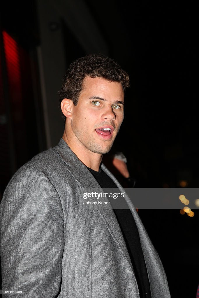 <a gi-track='captionPersonalityLinkClicked' href=/galleries/search?phrase=Kris+Humphries&family=editorial&specificpeople=209199 ng-click='$event.stopPropagation()'>Kris Humphries</a> attends The Premiere Of NBA 2K13 With Cover Athletes And NBA Superstars at 40 / 40 Club on September 26, 2012 in New York City.