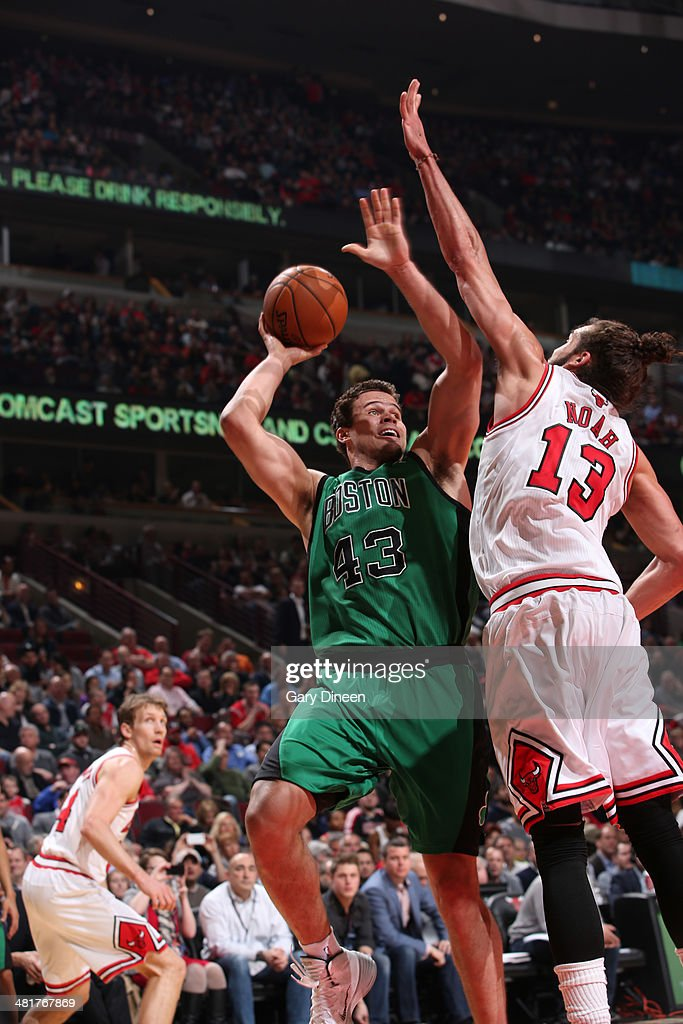 Kris Humphries #43 of the Boston Celtics shoots against the Chicago Bulls on March 31, 2014 at the United Center in Chicago, Illinois.
