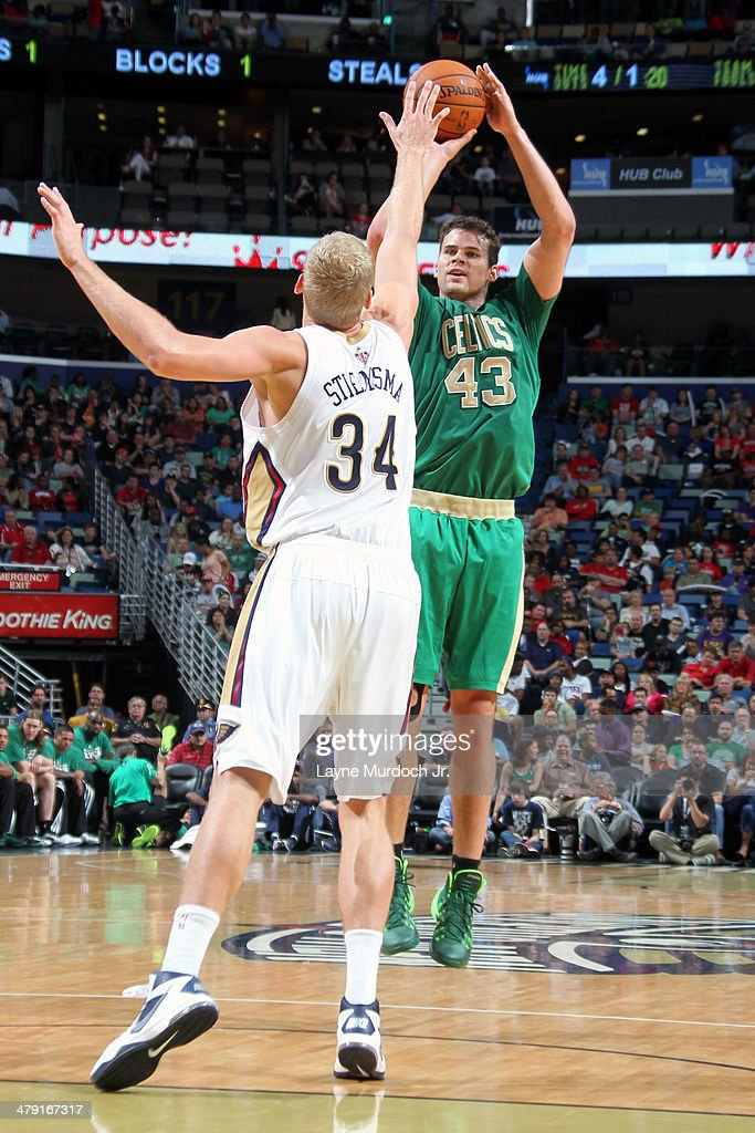 Kris Humphries #43 of the Boston Celtics shoots the ball against the New Orleans Pelicans during an NBA game on March 16, 2014 at the Smoothie King Center in New Orleans, Louisiana.