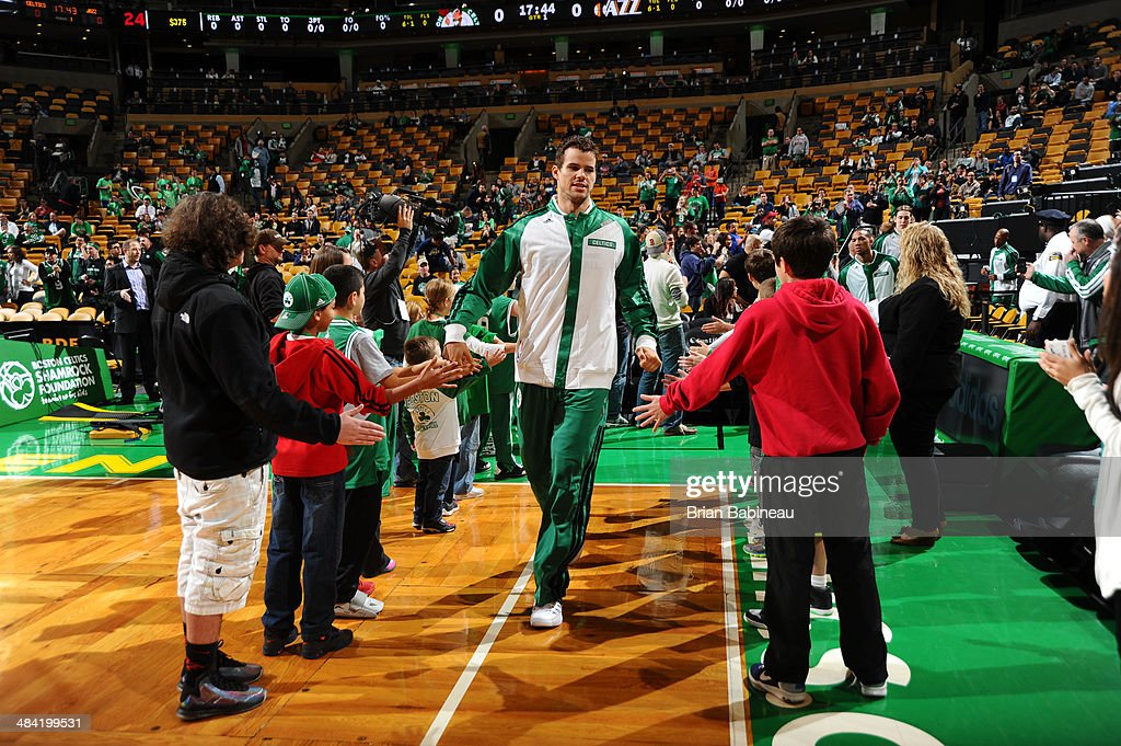<a gi-track='captionPersonalityLinkClicked' href=/galleries/search?phrase=Kris+Humphries&family=editorial&specificpeople=209199 ng-click='$event.stopPropagation()'>Kris Humphries</a> #43 of the Boston Celtics warms up before the game against the Utah Jazz on November 6, 2013 at the TD Garden in Boston, Massachusetts.