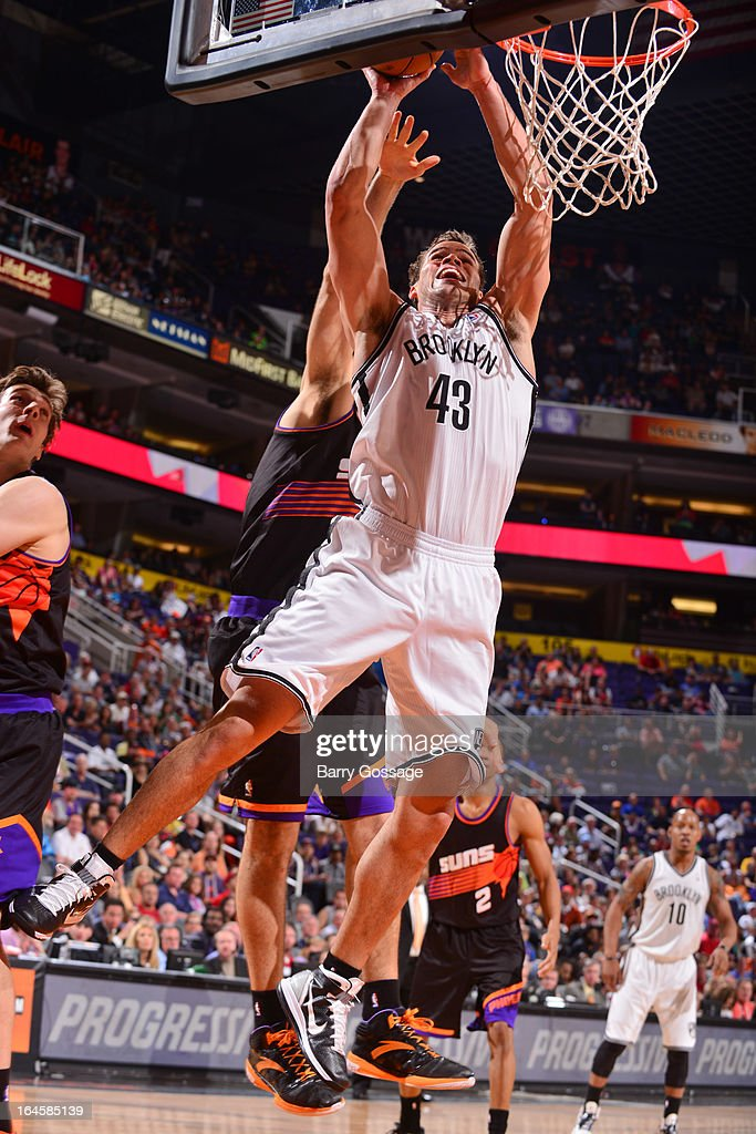 Kris Humphries #43 of the Brooklyn Nets drives to the basket against the Phoenix Suns on March 24, 2013 at U.S. Airways Center in Phoenix, Arizona.