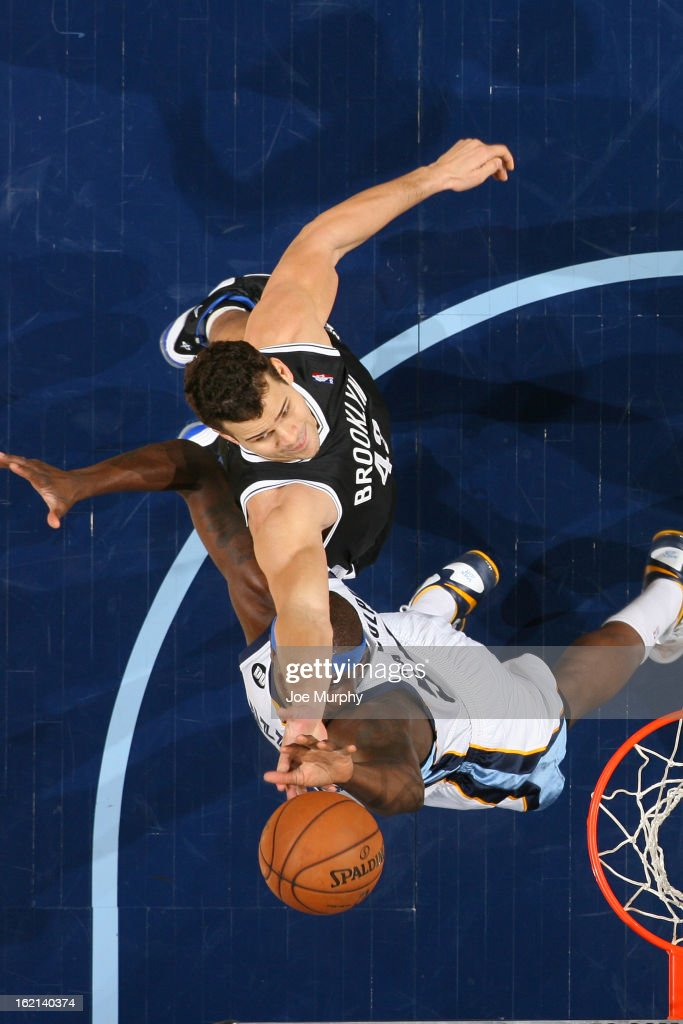 Kris Humphries #43 of the Brooklyn Nets grabs the rebound against the Memphis Grizzlies on January 25, 2013 at FedExForum in Memphis, Tennessee.