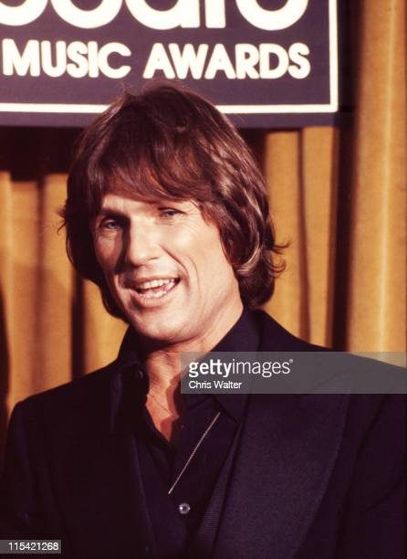 Kris Kristofferson 1977 Billboard Awards during 1977 Billboard Music Awards in Hollywood California United States