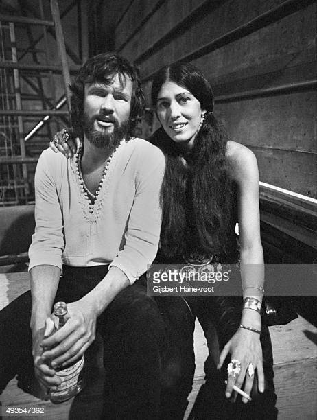 Kris Kristofferson and Rita Coolidge posed together in Vancouver Canada in 1972
