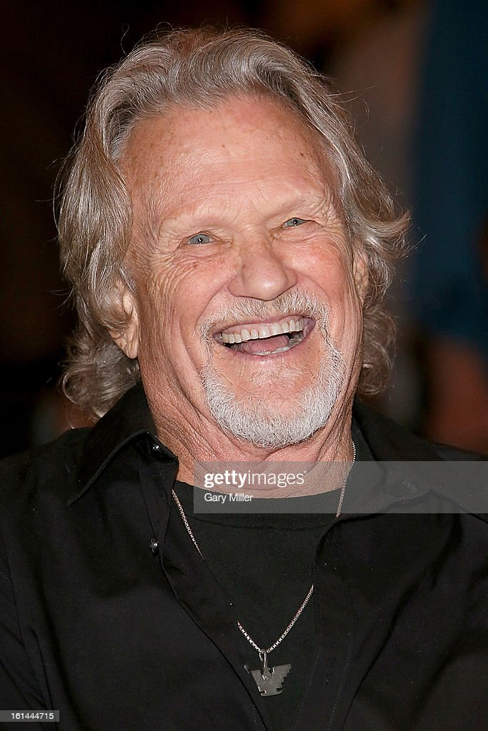 Kris Kristofferson attends the Nobelity Projects Artists and Filmmakers Dinner honoring Kris Kristofferson with the Feed The Peace award at the Four Seasons Hotel on February 10, 2013 in Austin, Texas.