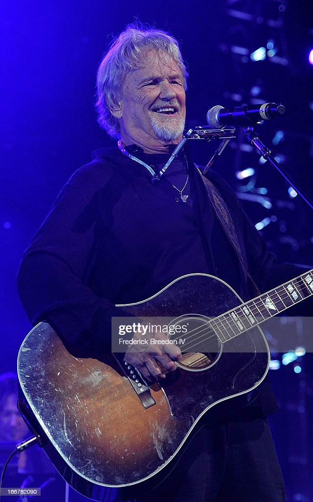Kris Kristofferson performs during Keith Urban's Fourth annual We're All For The Hall benefit concert at Bridgestone Arena on April 16, 2013 in Nashville, Tennessee.