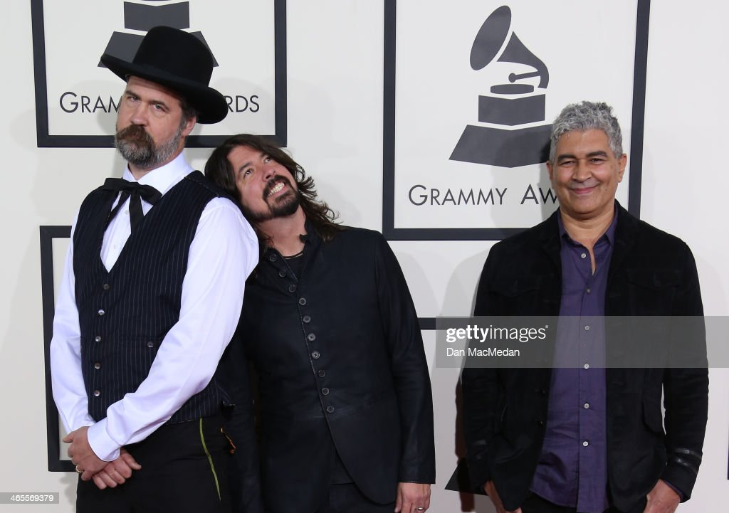 <a gi-track='captionPersonalityLinkClicked' href=/galleries/search?phrase=Krist+Novoselic&family=editorial&specificpeople=1054333 ng-click='$event.stopPropagation()'>Krist Novoselic</a>, <a gi-track='captionPersonalityLinkClicked' href=/galleries/search?phrase=Dave+Grohl&family=editorial&specificpeople=202539 ng-click='$event.stopPropagation()'>Dave Grohl</a>, and <a gi-track='captionPersonalityLinkClicked' href=/galleries/search?phrase=Pat+Smear&family=editorial&specificpeople=1664028 ng-click='$event.stopPropagation()'>Pat Smear</a> arrive at the 56th Annual GRAMMY Awards at Staples Center on January 26, 2014 in Los Angeles, California.