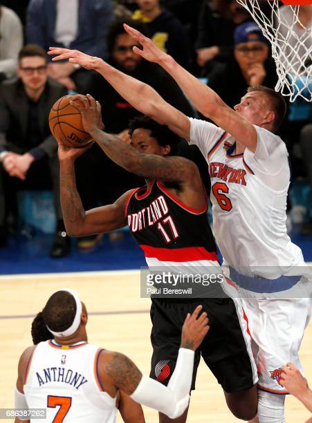 Kristaps Porzingis of the New York Knicks defends against Ed Davis of the Portland Trail Blazers in an NBA basketball game on November 22 2016 at...
