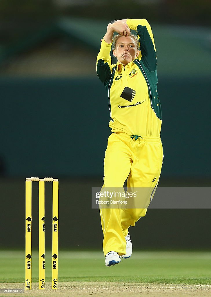 <a gi-track='captionPersonalityLinkClicked' href=/galleries/search?phrase=Kristen+Beams&family=editorial&specificpeople=4667771 ng-click='$event.stopPropagation()'>Kristen Beams</a> of Australia bowls during game three of the one day international series between Australia and India at Blundstone Arena on February 7, 2016 in Hobart, Australia.
