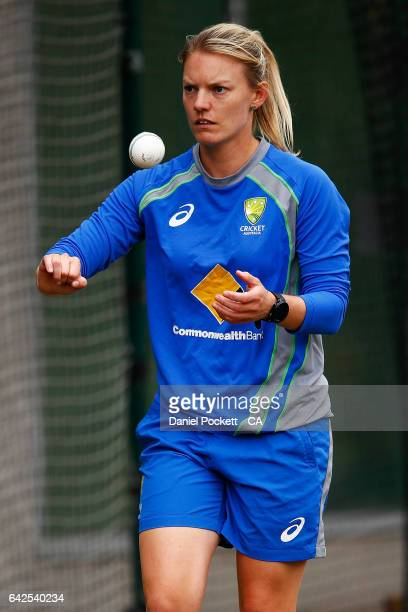 Kristen Beams prepares to bowl during a Southern Stars training session at Melbourne Cricket Ground on February 18 2017 in Melbourne Australia