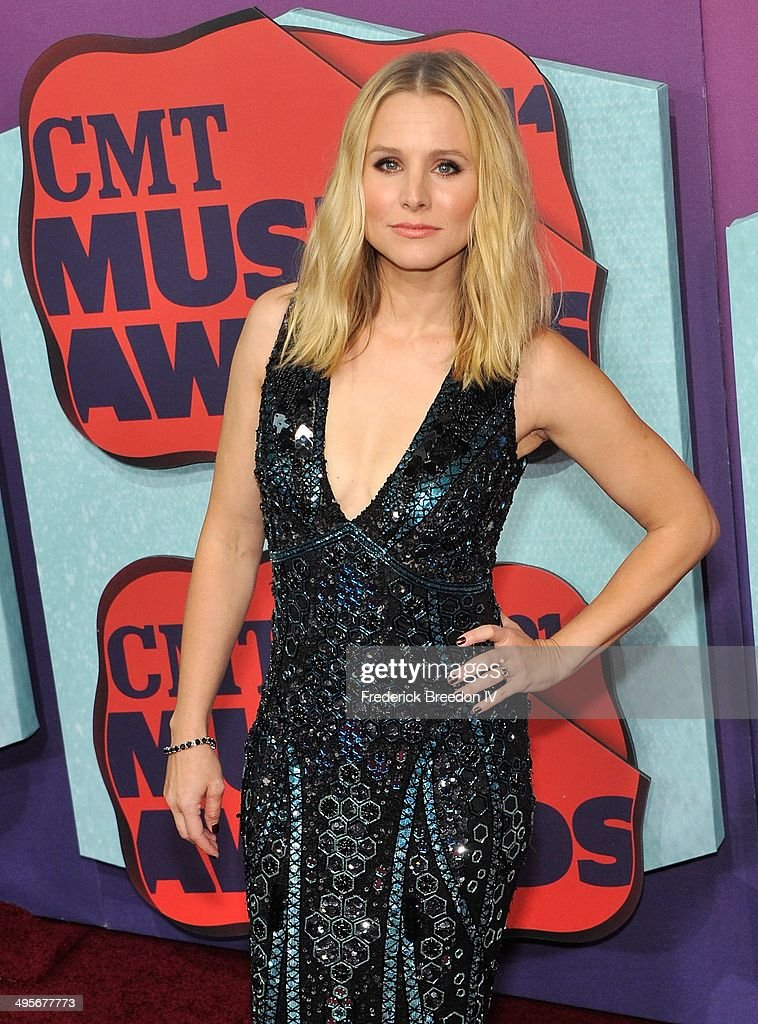 <a gi-track='captionPersonalityLinkClicked' href=/galleries/search?phrase=Kristen+Bell&family=editorial&specificpeople=194764 ng-click='$event.stopPropagation()'>Kristen Bell</a> arrives at the 2014 CMT Music awards at the Bridgestone Arena on June 4, 2014 in Nashville, Tennessee.