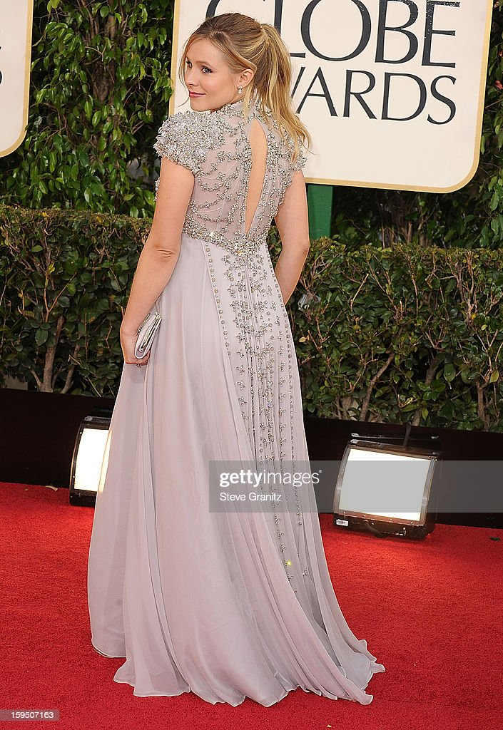 Kristen Bell arrives at the 70th Annual Golden Globe Awards at The Beverly Hilton Hotel on January 13, 2013 in Beverly Hills, California.