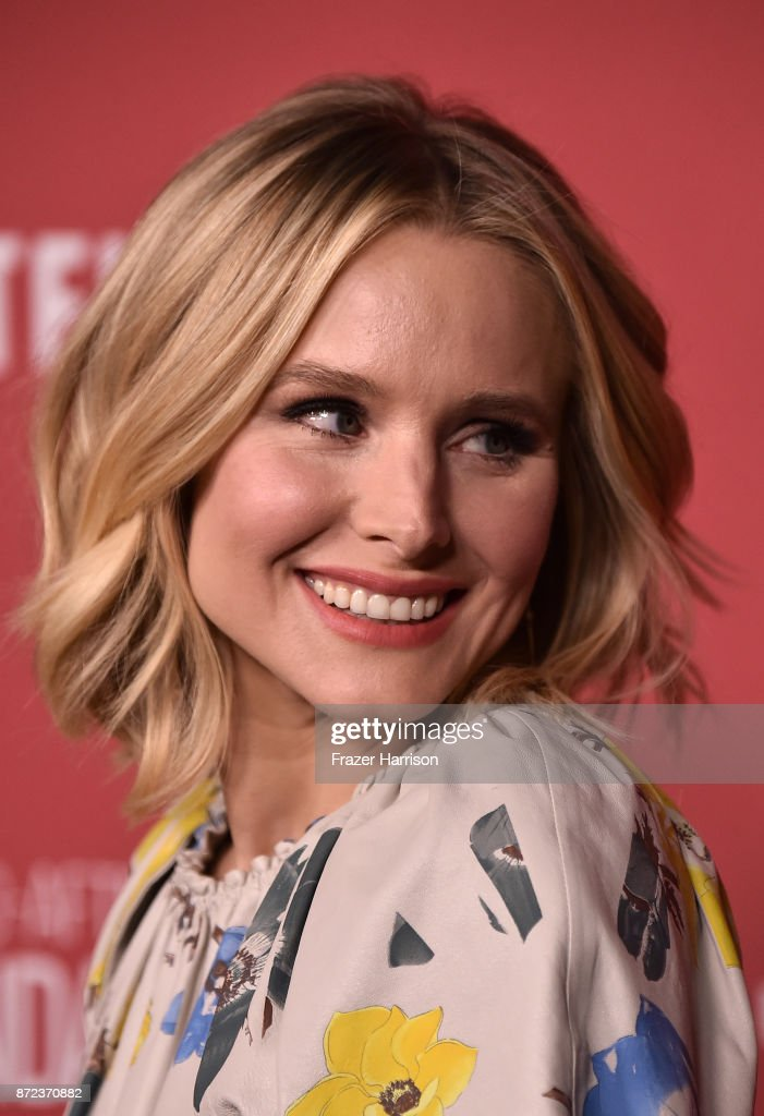 Kristen Bell attends SAG-AFTRA Foundation Patron of the Artists Awards at the Wallis Annenberg Center for the Performing Arts 2017 on November 9, 2017 in Beverly Hills, California.
