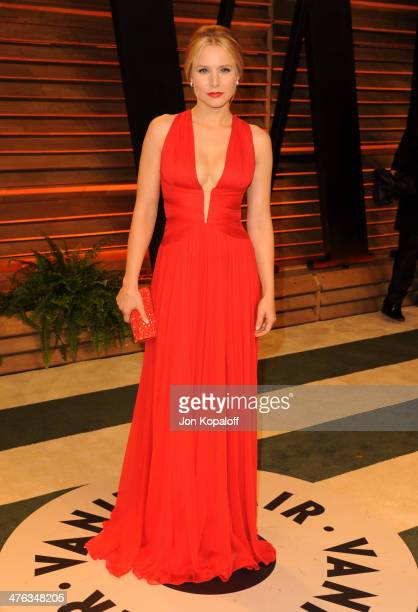 Kristen Bell attends the 2014 Vanity Fair Oscar Party hosted by Graydon Carter on March 2 2014 in West Hollywood California