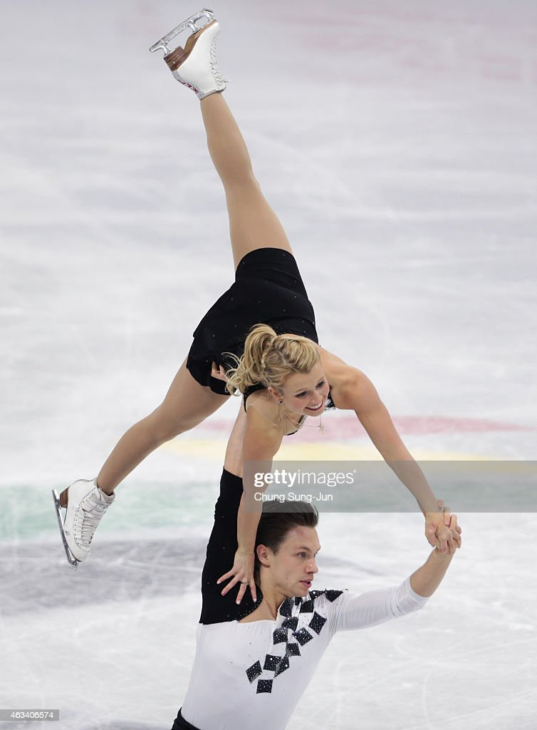 Kristen Moore-Towers and Michael Marinaro of Canada perform during the Pairs Free Skating on day three of the ISU Four Continents Figure Skating Championships 2015 at the Mokdong Ice Rink on February 14, 2015 in Seoul, South Korea.