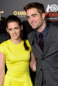 Kristen Stewart and Robert Pattinson attend the premiere of 'The Twilight Saga Breaking Dawn Part 2' at Kinepolis Cinema on November 15 2012 in...