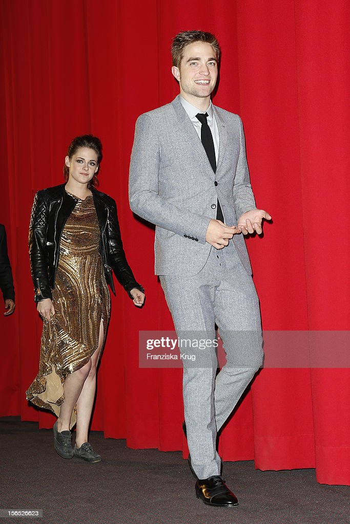 <a gi-track='captionPersonalityLinkClicked' href=/galleries/search?phrase=Kristen+Stewart&family=editorial&specificpeople=2166264 ng-click='$event.stopPropagation()'>Kristen Stewart</a> and <a gi-track='captionPersonalityLinkClicked' href=/galleries/search?phrase=Robert+Pattinson&family=editorial&specificpeople=734445 ng-click='$event.stopPropagation()'>Robert Pattinson</a> attend the 'Twilight Saga: Breaking Dawn Part 2' Germany Premiere at CineStar on November 16, 2012 in Berlin, Germany.