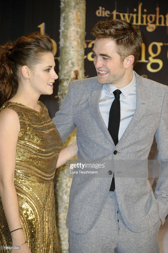 Kristen Stewart and Robert Pattinson attend the 'Twilight Saga: Breaking Dawn Part 2' Germany Premiere at CineStar on November 16, 2012 in Berlin, Germany.