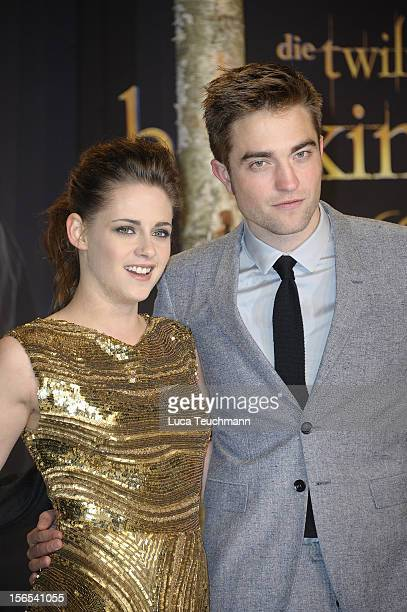 Kristen Stewart and Robert Pattinson attend the 'Twilight Saga Breaking Dawn Part 2' Germany Premiere at CineStar on November 16 2012 in Berlin...