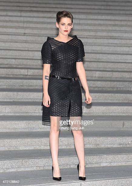 Kristen Stewart arrives the Chanel 2015/16 Cruise Collection show on May 4 2015 in Seoul South Korea