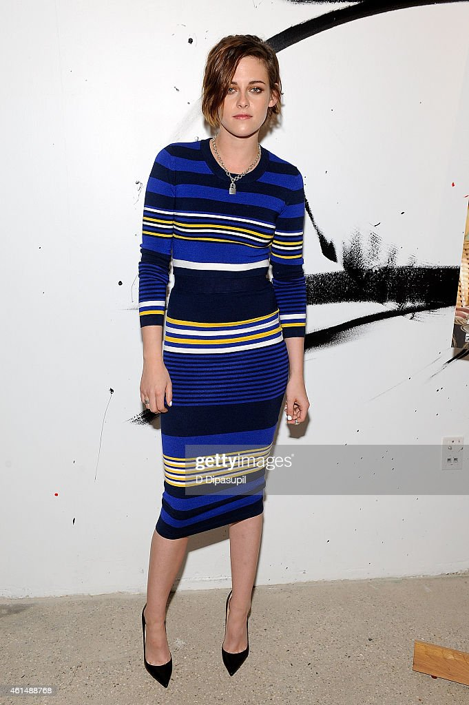 <a gi-track='captionPersonalityLinkClicked' href=/galleries/search?phrase=Kristen+Stewart&family=editorial&specificpeople=2166264 ng-click='$event.stopPropagation()'>Kristen Stewart</a> attends AOL's BUILD Speaker Series: Julianne Moore And <a gi-track='captionPersonalityLinkClicked' href=/galleries/search?phrase=Kristen+Stewart&family=editorial&specificpeople=2166264 ng-click='$event.stopPropagation()'>Kristen Stewart</a> at AOL Studios In New York on January 13, 2015 in New York City.