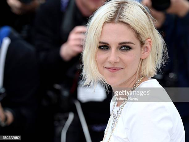Kristen Stewart attends the 'Cafe Society' photocall during the 69th annual Cannes Film Festival at Palais des Festivals on May 11 2016 in Cannes