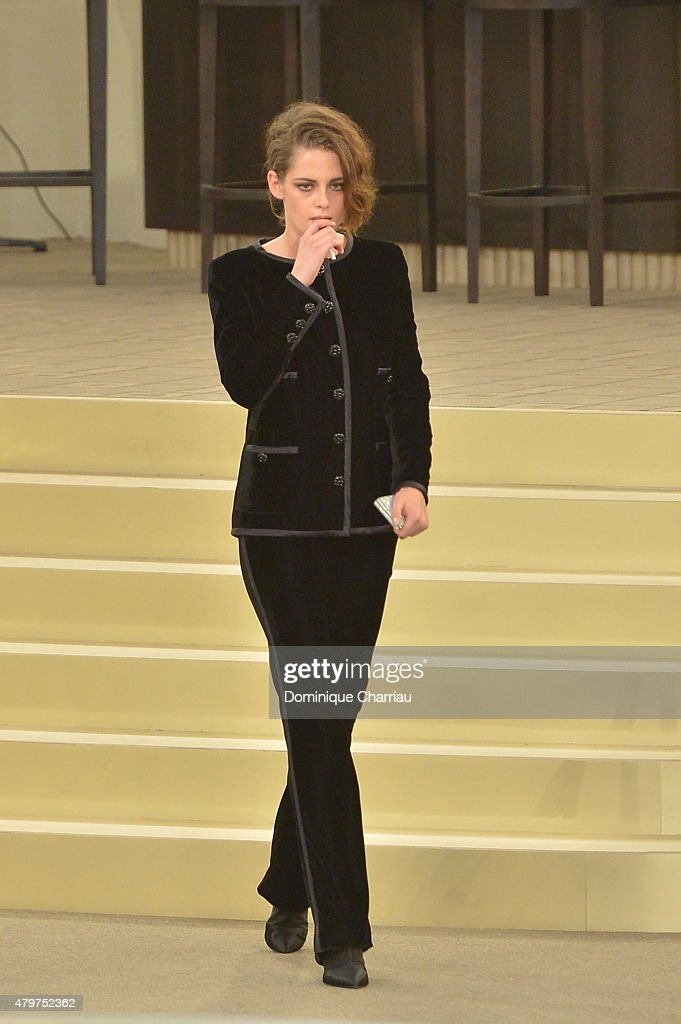 <a gi-track='captionPersonalityLinkClicked' href=/galleries/search?phrase=Kristen+Stewart&family=editorial&specificpeople=2166264 ng-click='$event.stopPropagation()'>Kristen Stewart</a> attends the Chanel show as part of Paris Fashion Week Haute Couture Fall/Winter 2015/2016 on July 7, 2015 in Paris, France.