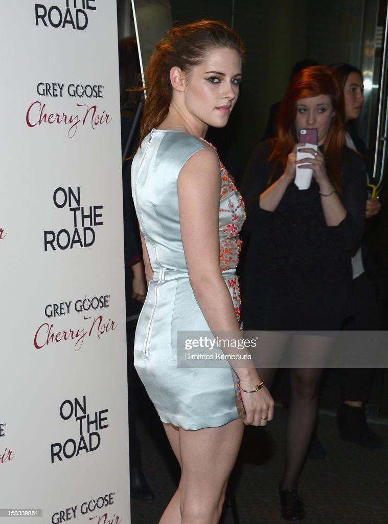 <a gi-track='captionPersonalityLinkClicked' href=/galleries/search?phrase=Kristen+Stewart&family=editorial&specificpeople=2166264 ng-click='$event.stopPropagation()'>Kristen Stewart</a> attends the 'On The Road' New York Premiere at SVA Theater on December 13, 2012 in New York City.