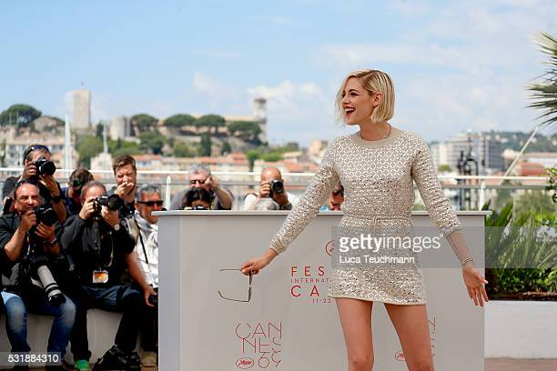 Kristen Stewart attends the 'Personal Shopper' Photocall at the annual 69th Cannes Film Festival at Palais des Festivals on May 17 2016 in Cannes...