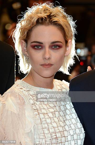 Kristen Stewart attends the 'Personal Shopper' premiere during the 69th annual Cannes Film Festival at the Palais des Festivals on May 17 2016 in...