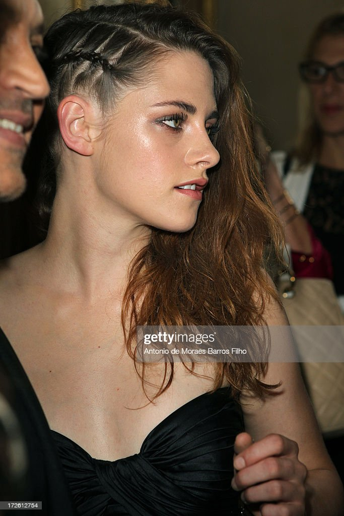 Kristen Stewart attends the Zuhair Murad show as part of Paris Fashion Week Haute-Couture Fall/Winter 2013-2014 at Hotel de Montmorency on July 4, 2013 in Paris, France.
