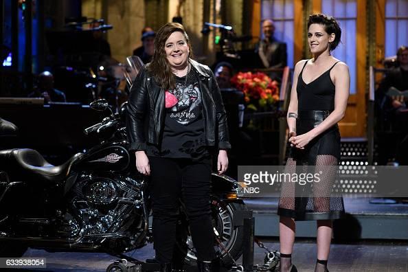 LIVE 'Kristen Stewart' Episode 1717 Pictured Aidy Bryant host Kristen Stewart during the Monologue on February 4th 2017