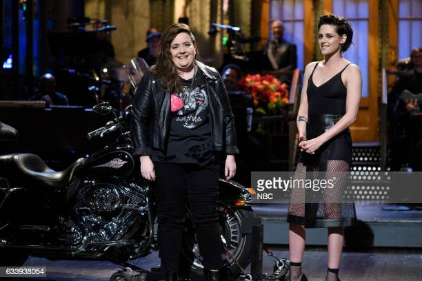LIVE 'Kristen Stewart' Episode 1717 Pictured Aidy Bryant host Kristen Stewart during the Monologue on February 4th 2017