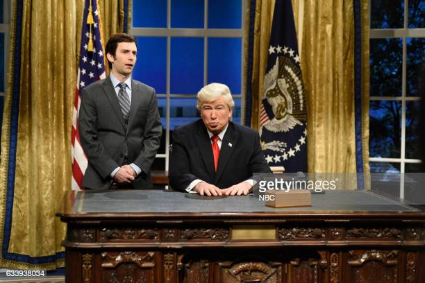 LIVE 'Kristen Stewart' Episode 1717 Pictured Kyle Mooney as a presidential aide and Alec Baldwin as President Donald J Trump during the Oval Office...