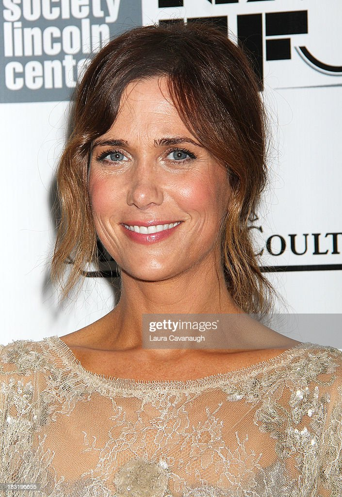 <a gi-track='captionPersonalityLinkClicked' href=/galleries/search?phrase=Kristen+Wiig&family=editorial&specificpeople=4029391 ng-click='$event.stopPropagation()'>Kristen Wiig</a> attends the Centerpiece Gala Presentation Of 'The Secret Life Of Walter Mitty' during the 51st New York Film Festival at Alice Tully Hall at Lincoln Center on October 5, 2013 in New York City.