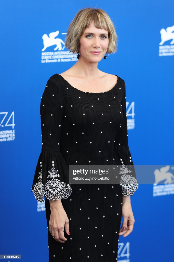 Kristen Wiig attends the 'Downsizing' photocall during the 74th Venice Film Festival at Sala Casino on August 30, 2017 in Venice, Italy.