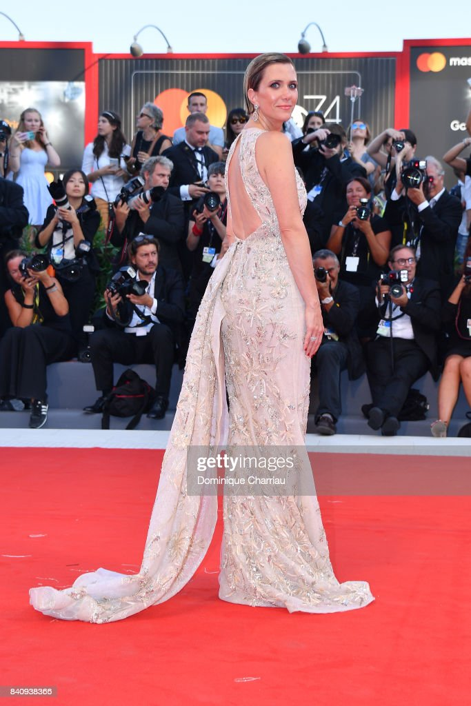 Kristen Wiig walks the red carpet ahead of the 'Downsizing' screening and Opening Ceremony during the 74th Venice Film Festival at Sala Grande on August 30, 2017 in Venice, Italy.