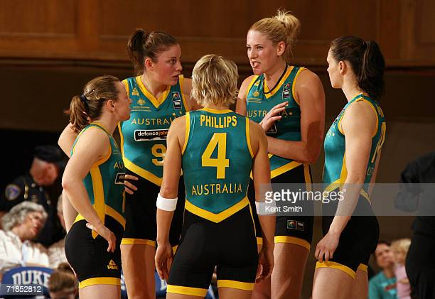 Kristi Harrower Hollie Grima Erin Phillips Lauren Jackson and Emily Mclnerny of the Australia Women's World Championship Team huddle as they prepare...