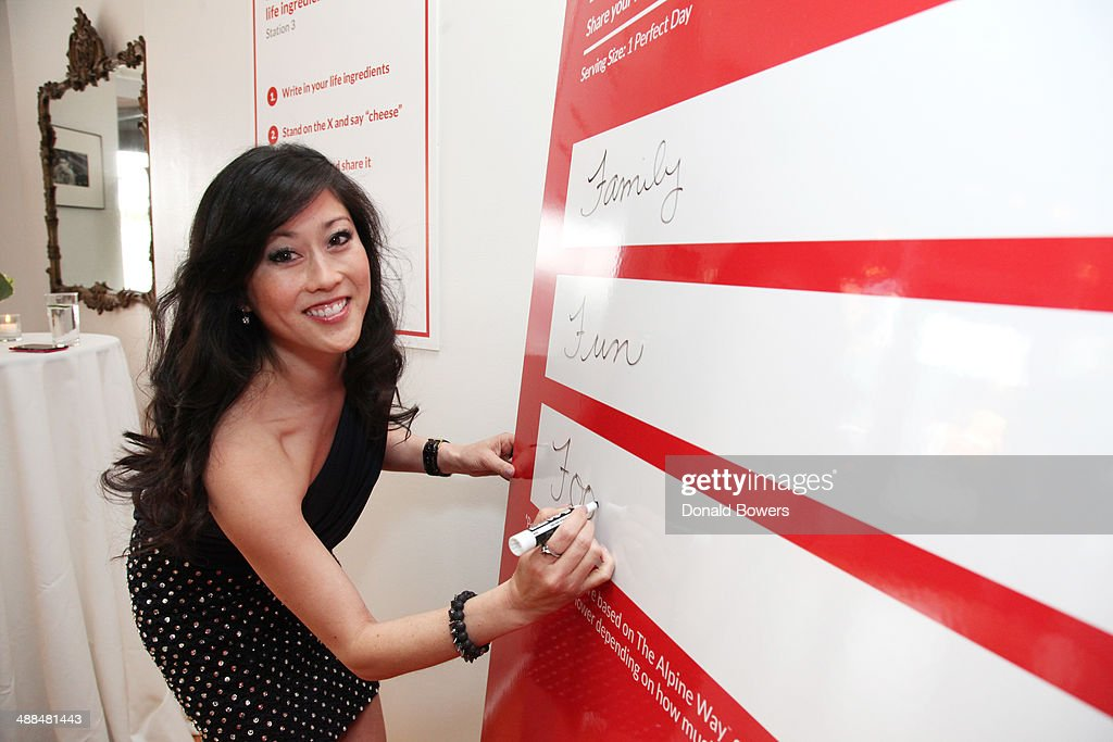 <a gi-track='captionPersonalityLinkClicked' href=/galleries/search?phrase=Kristi+Yamaguchi&family=editorial&specificpeople=234361 ng-click='$event.stopPropagation()'>Kristi Yamaguchi</a> attends the Alpine Lace Deli Cheese event on May 6, 2014 in New York City.