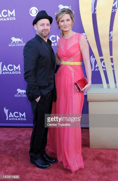 Kristian Bush and Jennifer Nettles of the band Sugarland arrive at the 47th Annual Academy Of Country Music Awards held at the MGM Grand Garden Arena...