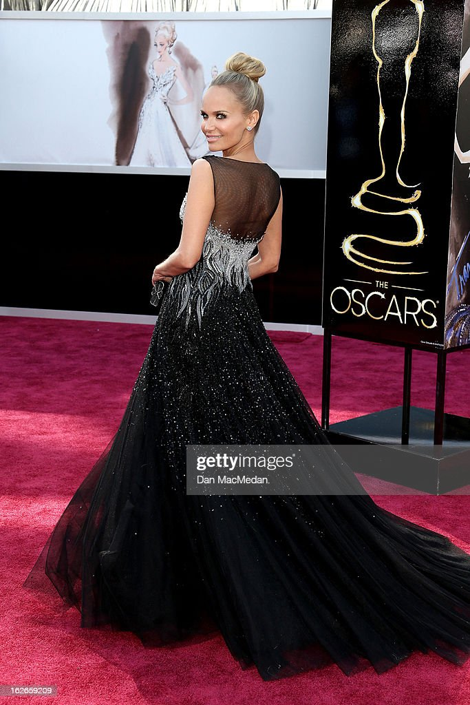 Kristin Chenoweth arrives at the 85th Annual Academy Awards at Hollywood & Highland Center on February 24, 2013 in Hollywood, California.