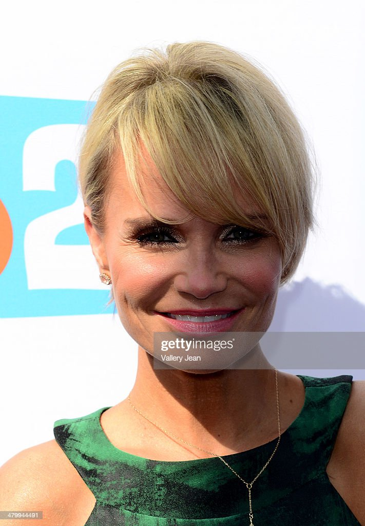 <a gi-track='captionPersonalityLinkClicked' href=/galleries/search?phrase=Kristin+Chenoweth&family=editorial&specificpeople=207096 ng-click='$event.stopPropagation()'>Kristin Chenoweth</a> attends Miami Walk Of Fame unveiling at Bayside Marketplace on March 21, 2014 in Miami, Florida.