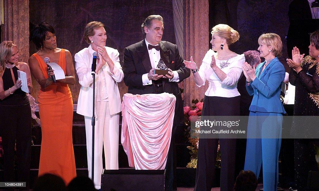 Kristin Chenoweth Nnenna Freelon Julie Andrews Ginny Mancini and Florence Henderson applaud as Placido Domingo accepts his ELLA award