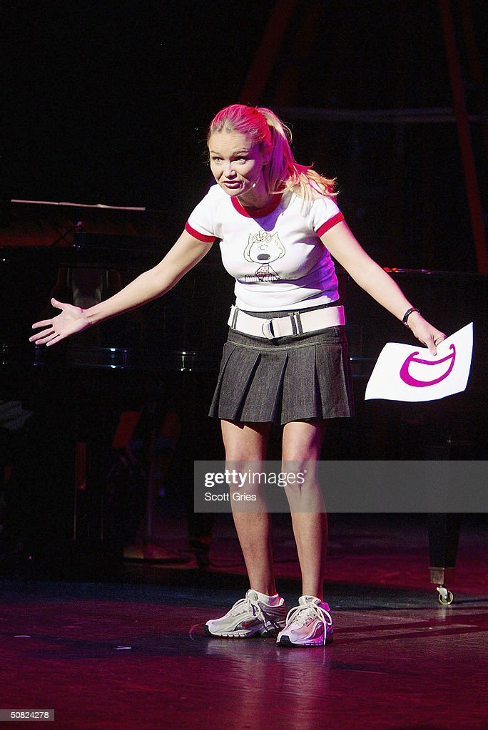 Kristin Chenoweth performs during the Dramatists Guild Fifth Annual Benefit Dinner at the Hudson Theater May 10, 2004 in New York City.